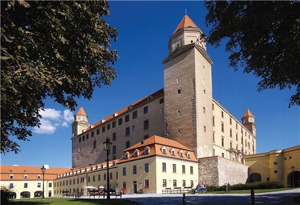 Private Bratislava a day trip by car for 1 - 3 persons