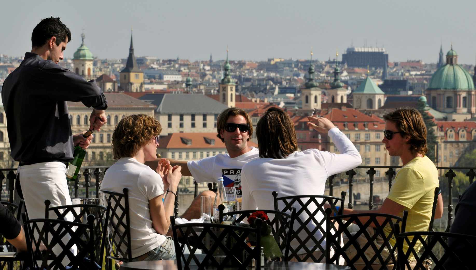 Prague in One Day: Full-Day Sightseeing Tour with Cruise and Lunch