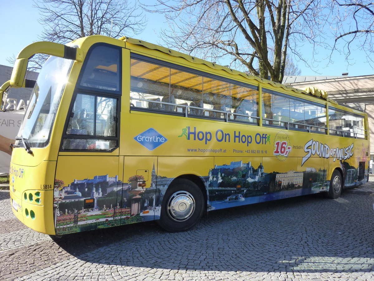 Hop-On, Hop-Off City or Lakes&Mountains Bus Tour