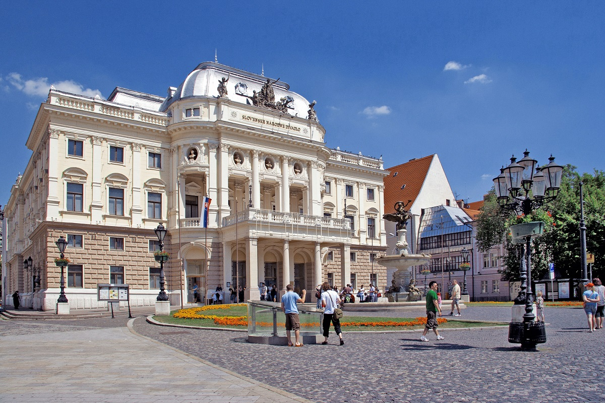 ct Slovakian National Theatre